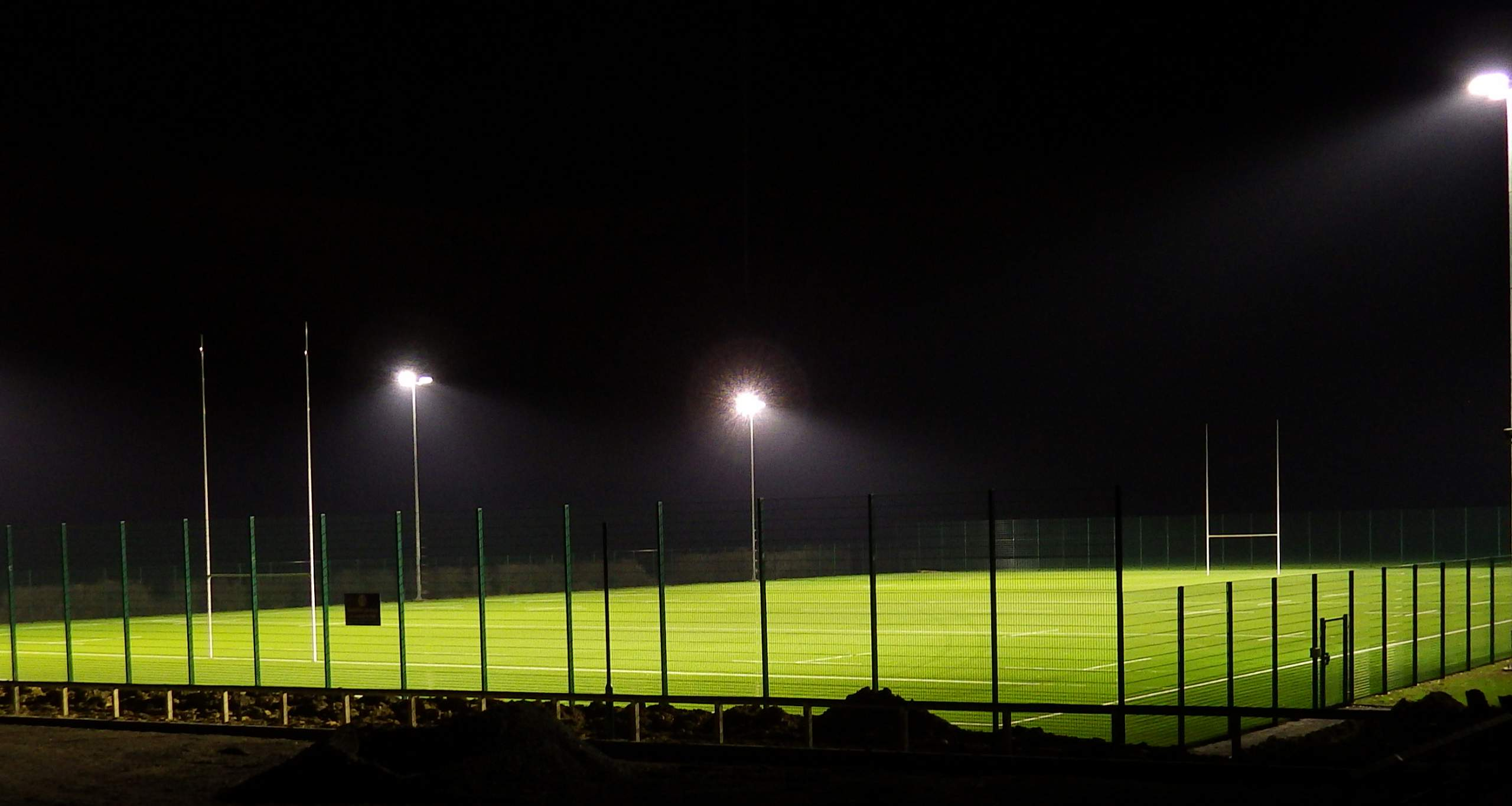 3G, third generation,  all weather pItch, synthetic, pitch, Tiger Turf , Floodlighting, fencing.